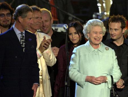Tony Meets the Queen