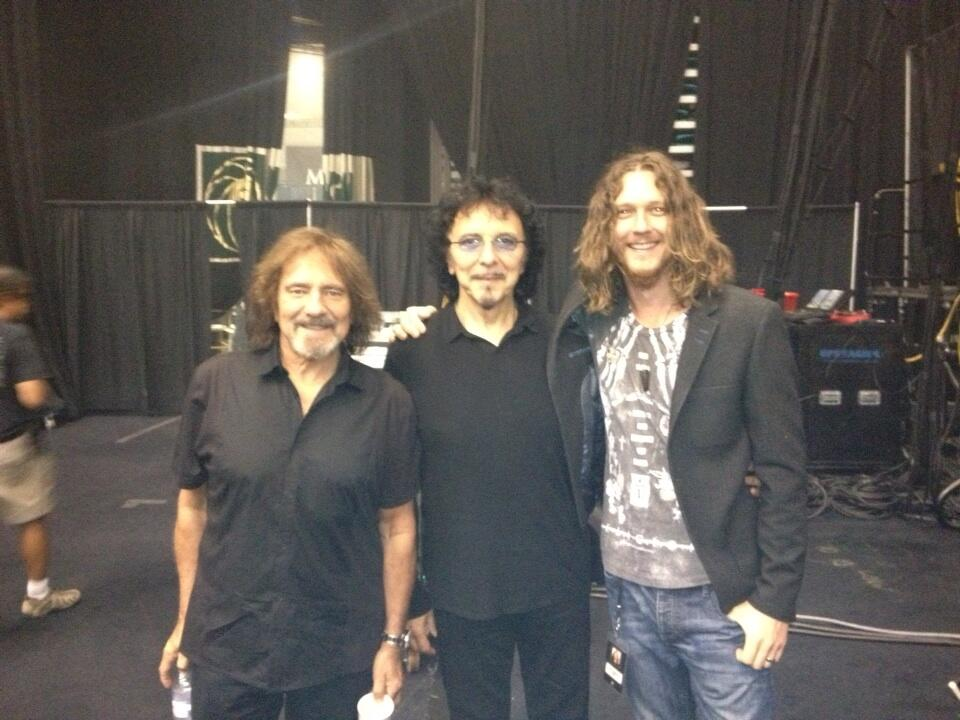 13 tour the official tony iommi website backstage with geezer and adam wakeman m4hsunfo